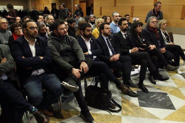 ERC es concentra per donar suport a Junqueras pel seu interrogatori en el judici