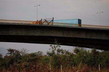 'Tienditas': el puente que bloquea el paso de ayuda humanitaria de Colombia hacia Venezuela
