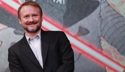 Rian Johnson desmiente los rumores: Su trilogía de Star Wars sigue adelante