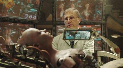 """Christoph Waltz resucita androides en Alita: Ángel de combate: """"Estamos confiando demasiado en la tecnología"""""""