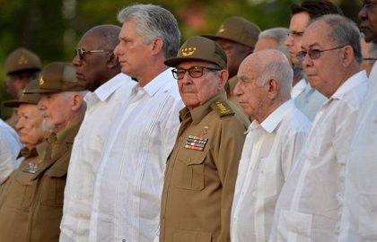 """Cuba denuncia """"una aventura militar"""" de Estados Unidos """"disfrazada"""" de ayuda a Venezuela"""