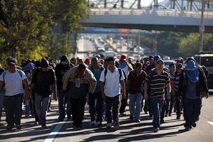 EEUU devuelve a México a las primeras familias centroamericanas de las 'caravanas' que llegaron al país