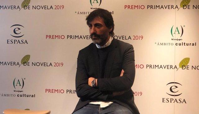 Juan del Val, premio Primavera de Novela 2019