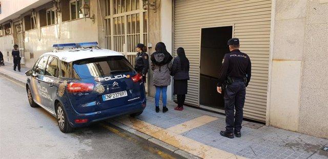 Operativo de la Policía en el que se ha rescatado a tres mujeres explotadas sexu