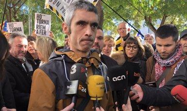 """El jove que va perdre un ull l'1-O: Van disparar """"amb l''A por ellos' ficat al cap"""" (EUROPA PRESS)"""