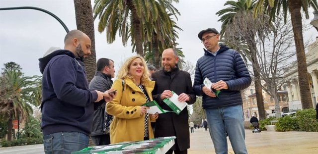 Jose manuel alba PCA comunista andalucia con remedios ramos y eduardo zorrilla