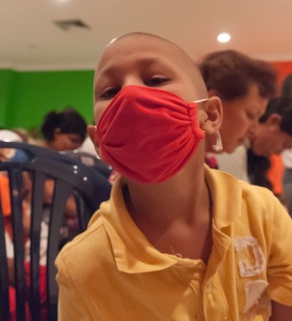 Más de 11.000 jóvenes son supervivientes de cáncer infantil