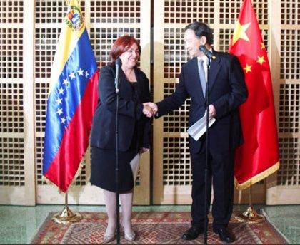 """La embajadora de Venezuela en Reino Unido ocultó 4 millones de dólares de """"origen corrupto"""" en Andorra, según 'El País'"""