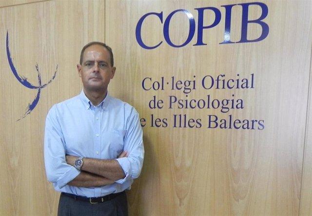 El decano del Copib, Javier Torres