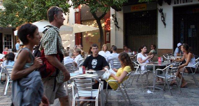 Veladores en el centro de Sevilla