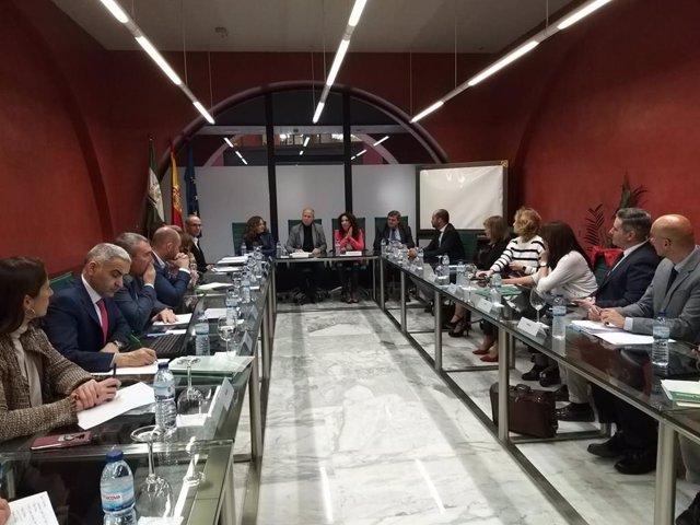 Imbroda y Ruiz abordan con los delegados el impulso de las líneas estratégicas d