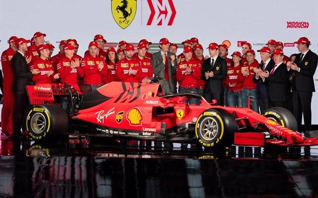 Ferrari presenta el evolucionado 'SF90' con la ambición de recuperar el trono