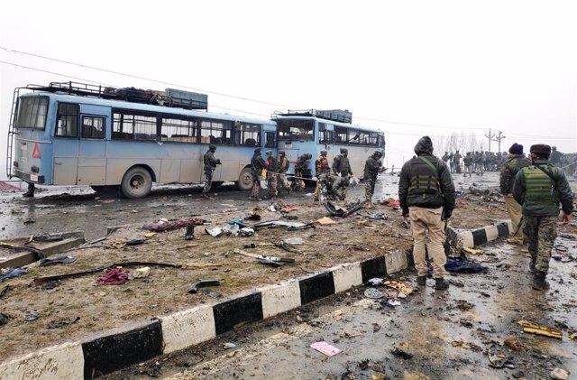 Atentado suicida en Cachemira