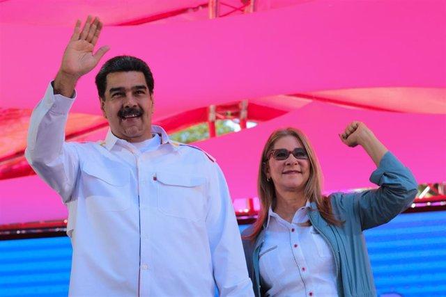 Nicolás Maduro y Cilia Flores