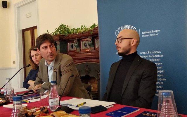 ERC y PDeCAT critican el veto de Tajani a la conferencia de Puigdemont y Torra
