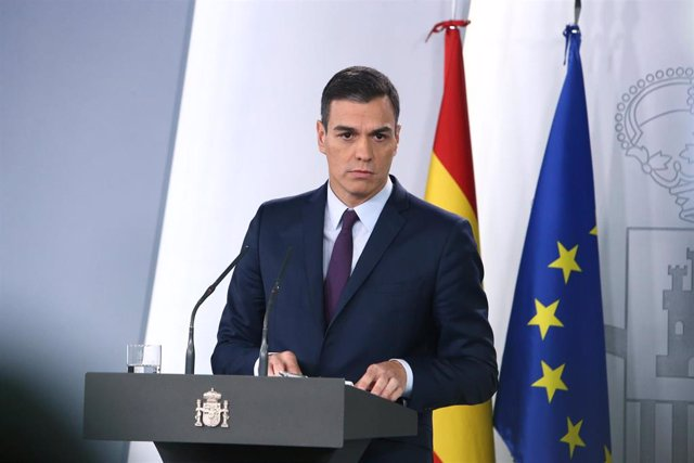 Spanish prime minister calls early elections