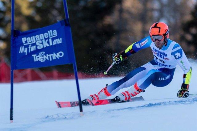 El esquiador español Juan del Campo