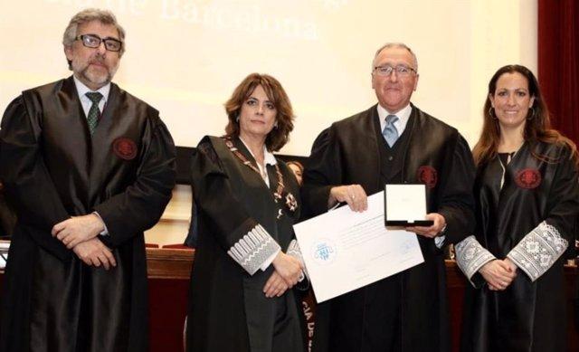 La ministra Delgado junto al letrado Jordi Pina
