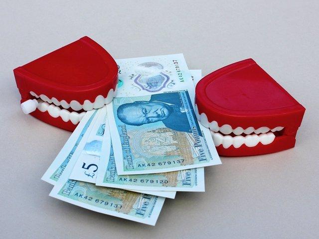 Dinero en conflicto