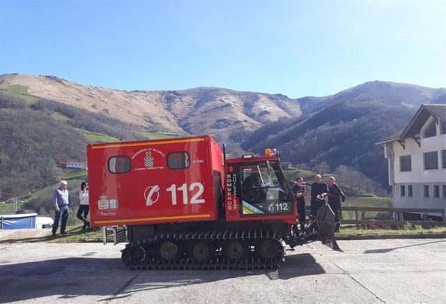 Nuevo vehículo de rescate en nieve de los bomberos voluntarios de Valcarlos