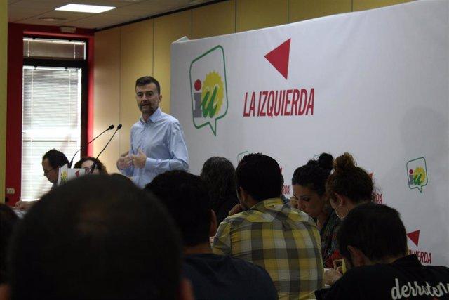 Antonio Maíllo, ante la Coordinadora de IU Andalucía