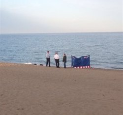 Localitzen el cadàver d'una dona a la platja de la Barceloneta (MOSSOS D'ESQUADRA - Archivo)