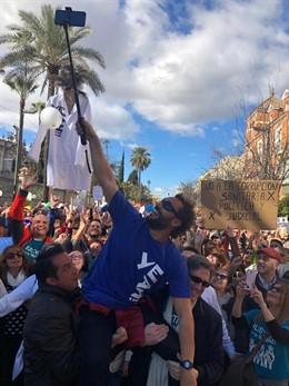 Jesús Candel en una manifestación