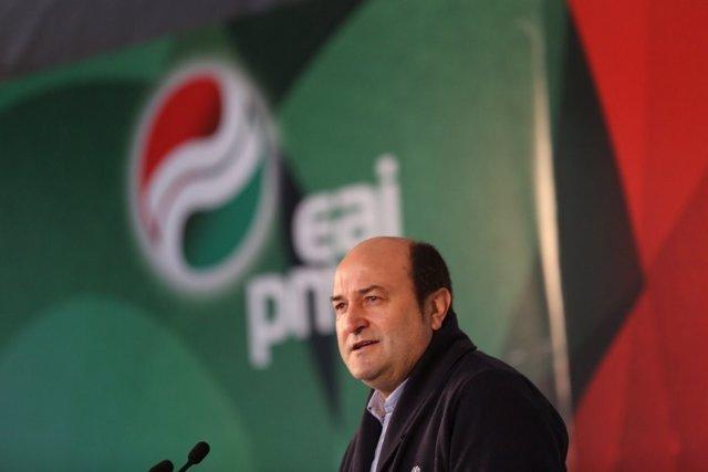 """Andoni Ortuzar (PNV) hace """"una llamada de atención a cuidar el sistema democráti"""