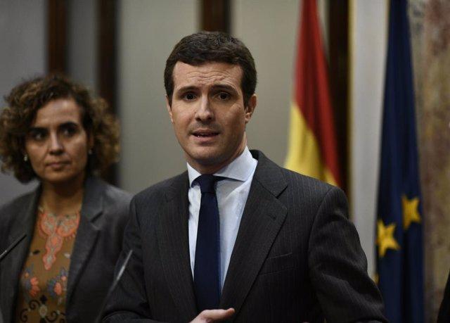 Pablo Casado ofereix una roda de premsa després de tombar-se al Congrés el proje