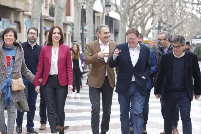 José Luis Rodríguez Zapatero, Ximo Puig i Diana Morant passegen per Gandia