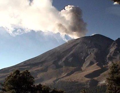 El volcán Popocatépetl registra 33 exhalaciones, explosiones y actividad sísmica en 24 horas