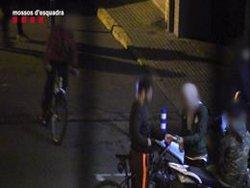 Dos detinguts que venien marihuana a menors de Palafrugell (Girona) (MOSSOS D'ESQUADRA)
