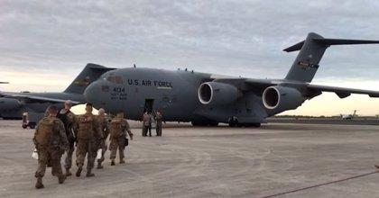 Militares de EEUU custodian la ayuda humanitaria para Venezuela en la frontera con Colombia