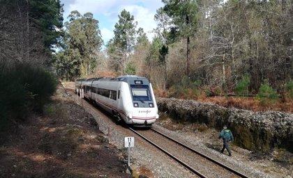 Muere arrollado por un tren un hombre de 66 años en Catoira (Pontevedra)