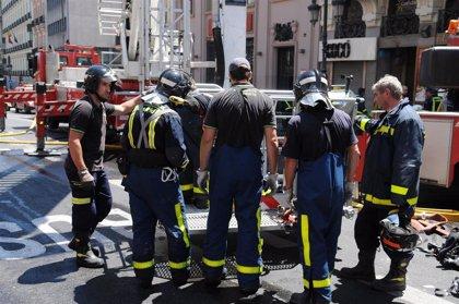 El Ayuntamiento aplicará las 35 horas a los bomberos con 5 guardias extras pagadas y sin cierre de parques