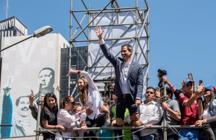 """Guaidó alude a la """"injusta"""" detención de Leopoldo López como un ejemplo de """"resistencia"""" frente a Maduro"""