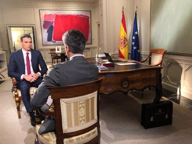 El presidente del Gobierno Pedro Sánchez en una entrevista para el Telediario de
