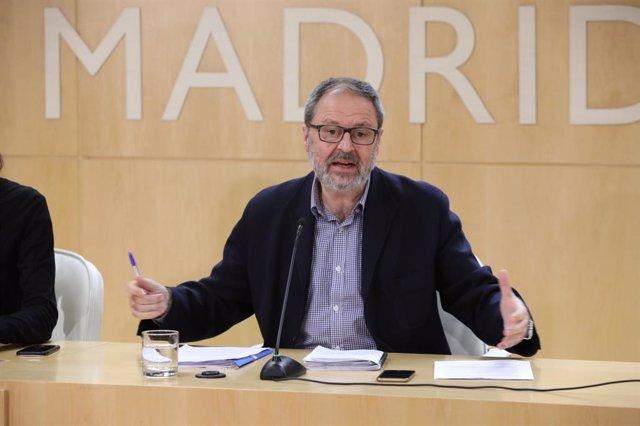 El delegado de Seguridad, Salud y Emergencias de Madrid, Javier Barbero, compare