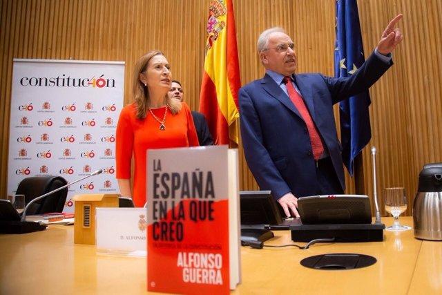 Ana Pastor y Alfonso Guerra