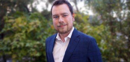 Grenergy ficha a un ex de MásMóvil como director del área de Relación con Inversores y Comunicación
