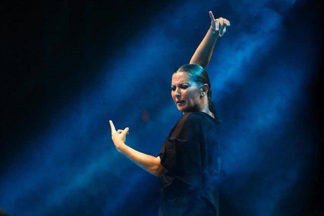 La bailaora y coreógrafa Sara Baras durante una actuación