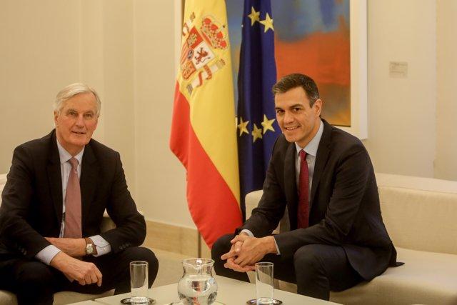 El presidente del Gobierno, Pedro Sánchez, recibe al jefe de la Negociación de la Unión Europea con el Reino Unido, Michel Barnier