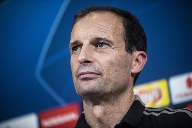 FOOTBALL - UEFA CHAMPIONS LEAGUE - JUVENTUS v MANCHESTER UNITED