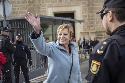 Villalobos anuncia su retirada de la política y la vincula a su apoyo a Santamaría en las primarias del PP