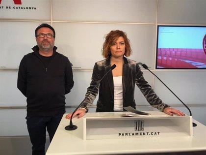 """Elisenda Alamany critica un """"cambio de rumbo"""" de los comuns y no renuncia al escaño"""