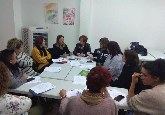 Reunión del área feminista de Izquiera Unida