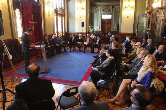 """La Junta General pide una """"apuesta decidida por la investigación y la innovación"""