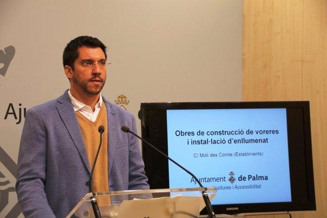El regidor de Infraestructuras y Accesibilidad de Cort, Rodrigo A. Romero,