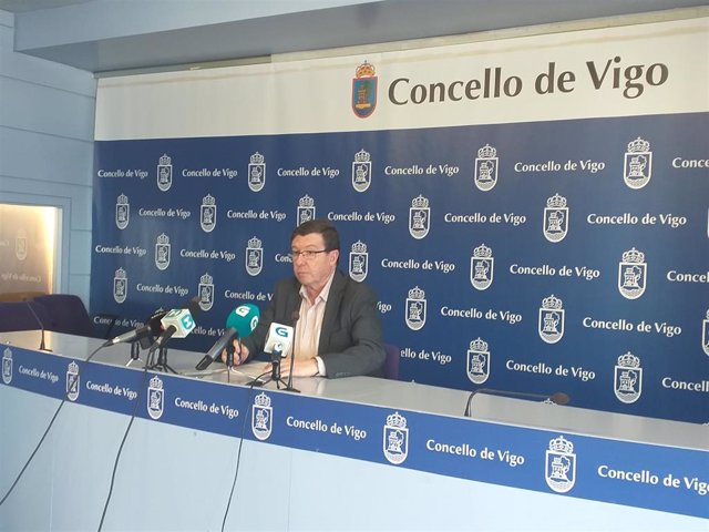 """López Font cree que el gobierno """"ganó"""" con """"la verdad""""  en la comisión de O Mari"""