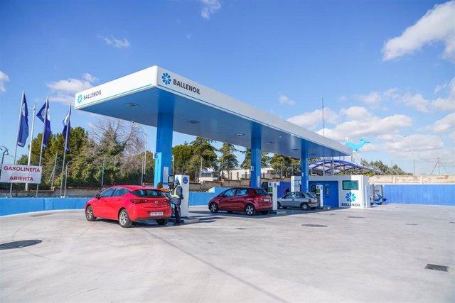 Gasolinera de Ballenoil